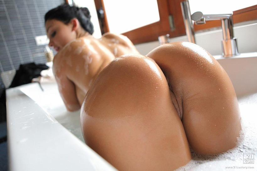 большие красивые голые попы фото