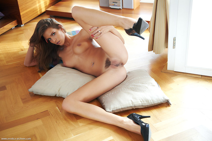 смотреть порно онлайн девушки с длинными волосами