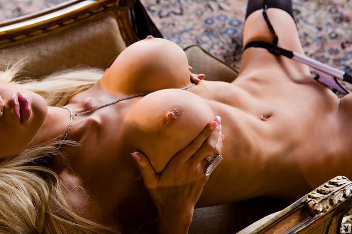 голые девки эротика фото